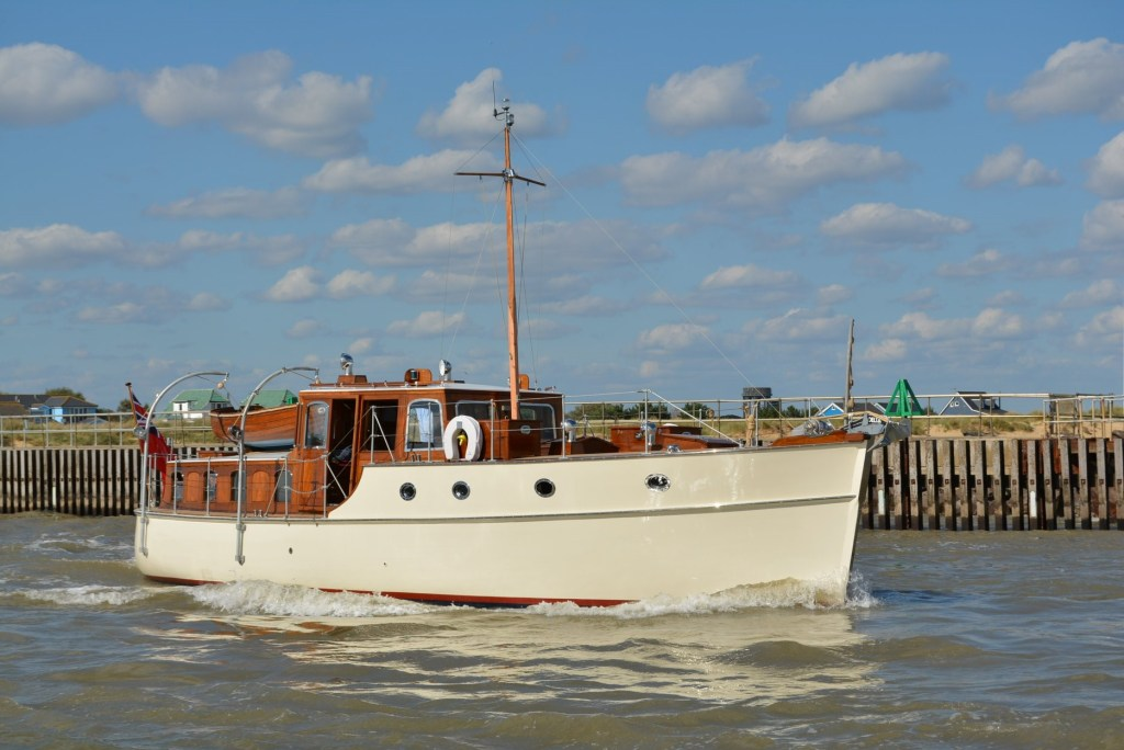 Une technologie de pointe sur un yacht à moteur classique